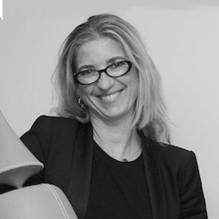 Jacqueline van den Berg